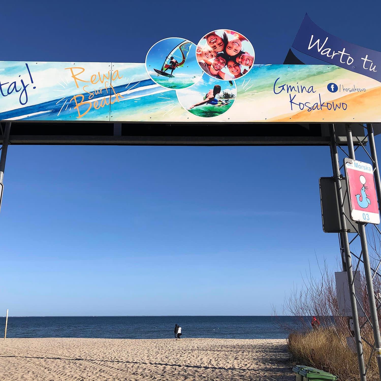 Willa Davia wejście na plażę w Rewie